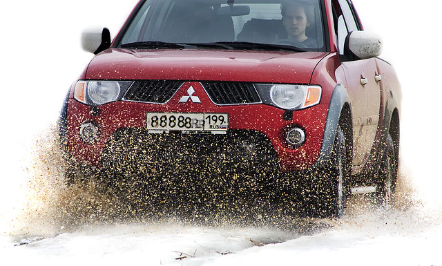 auto road winter motion car mud offroad 4wd off vehicle l200 mitsubishi