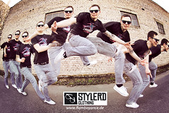 Stylerd Clothing (flamboyance design) Tags: boy male fashion clothing jump jumping action style sequence serie sprung typ sequenz 50d stylerd