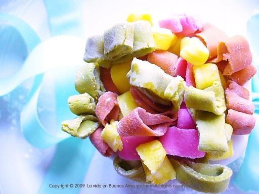color / cake