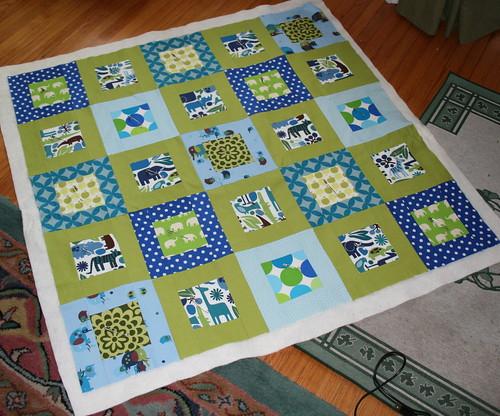 Baby Quilt progress : blue baby quilt - Adamdwight.com