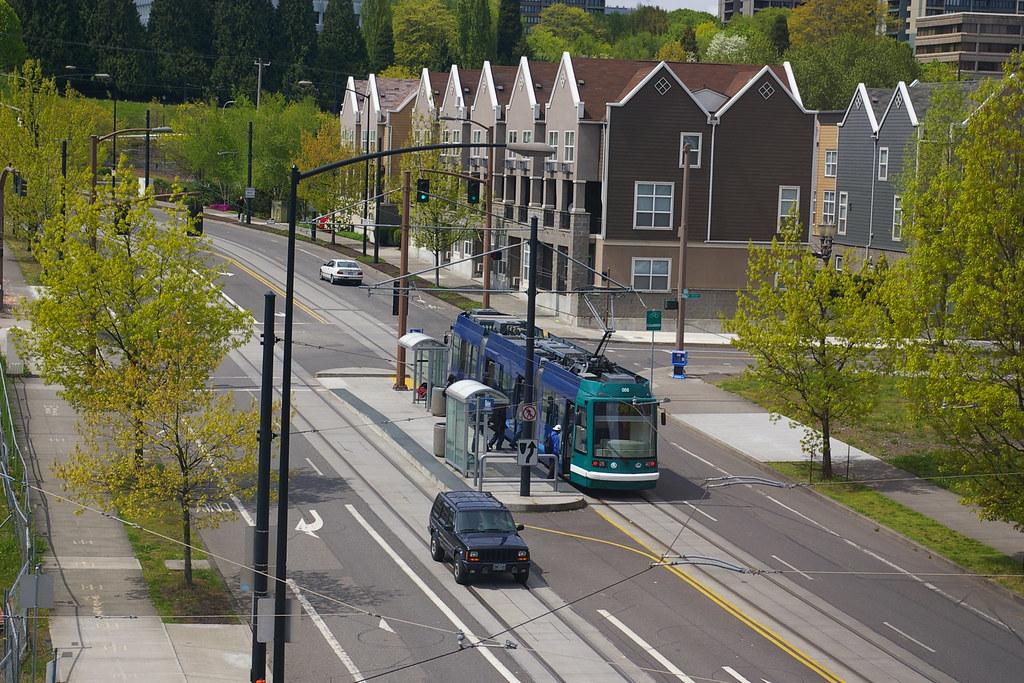 Дизайн общественного транспорта 3502138779_0dd4aabee3_b