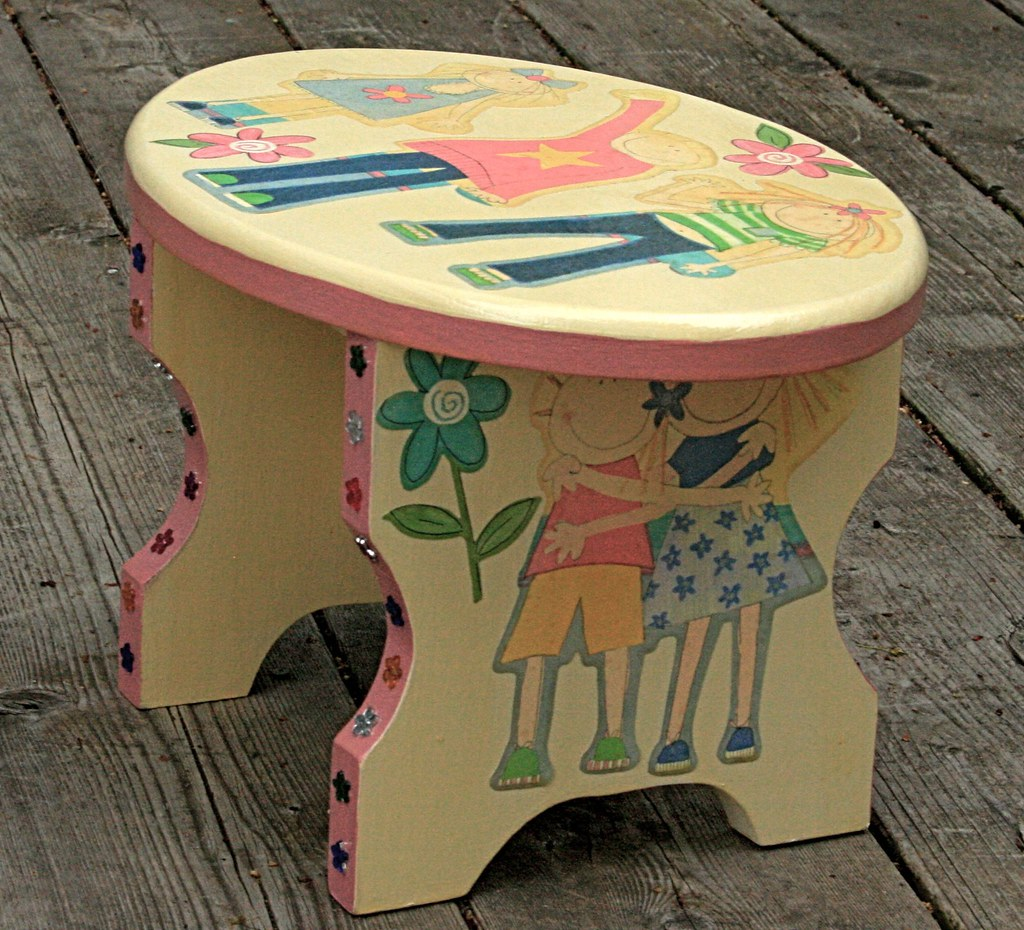 Best Friends Stool