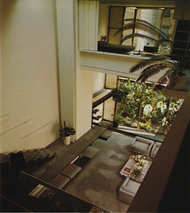House by Paul Rudolph (ouno design) Tags: window stairs japanese reading book 60s steps platform modernism 70s minimalism minimalist paulrudolph insidetodayshome rayfaulkner sarahfaulkner