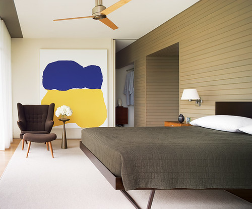 Neutral bedroom + colorful modern art: Interior design by Thad Hayes ...