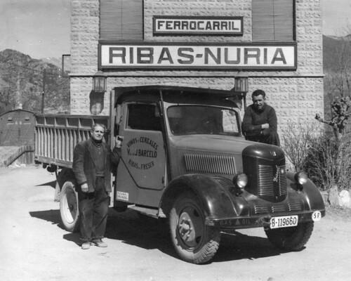 Camió de l'empresa TRANSPORTS CARBONELL de Ribes de Fréser (Girona)
