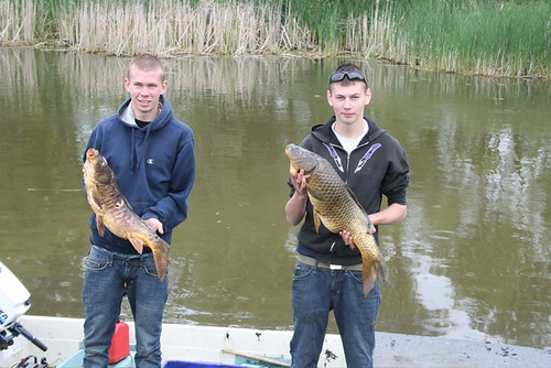 bowfishingnaughtonbrothers
