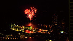 Navy Pier - fireworks - 0610200 (doug.siefken) Tags: lake chicago tower art point pier perfect photographer fireworks michigan doug navy streeterville the siefken dougsiefken