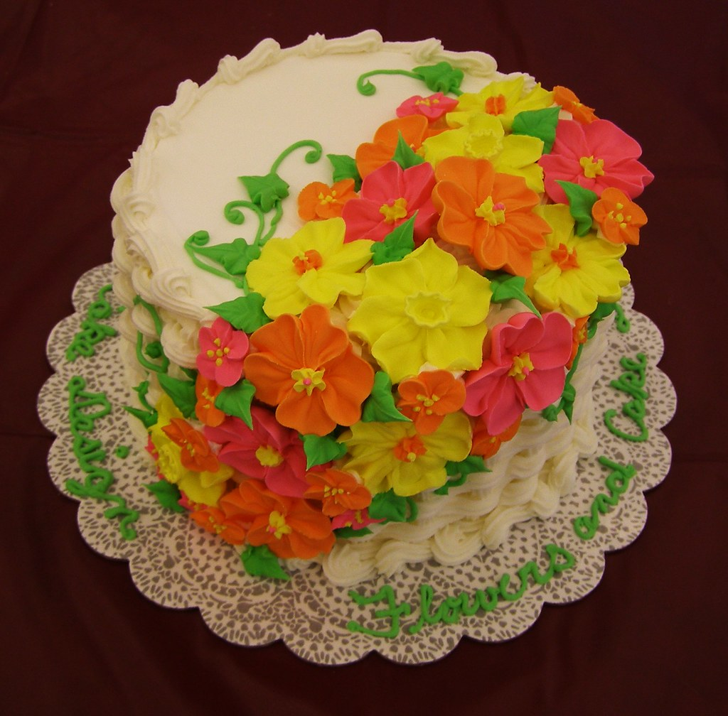 Flowers & Cake Design Sample Cake
