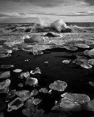 Land of ice II (.:: Tomz ::.) Tags: canon 2009 jkulsrln tomz canon1635mmf28l rn janar svnafellsjkull canon1dsmarkiii wwwtomzse tomaszrveruson skaftrfell