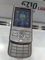 Nokia 6710 Navigator (open)