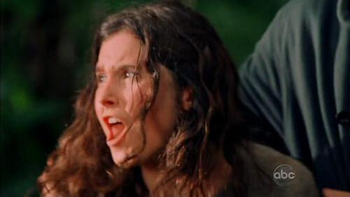 Melissa Farman gritando