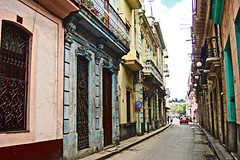 The Streets of Habana (ptg1975) Tags: street old houses america buildings island cuba caribbean habana narrow 5photosaday
