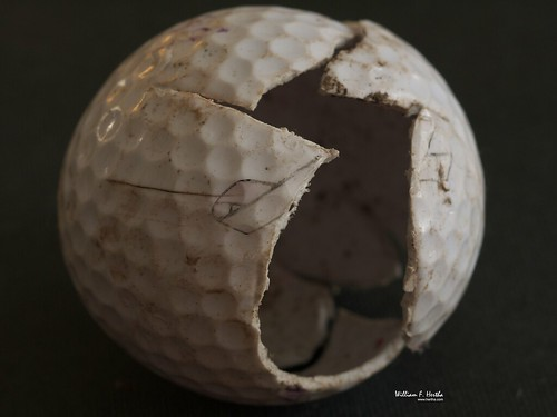 Smahed Golf Ball: Pinnacle 4