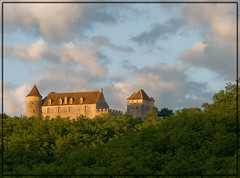 Chateau de Lo........en pays Lotois (lo46) Tags: france castle clouds lot chateau nuages soir coucherdesoleil quercy midipyrnes loferr departementdulot pechrigal