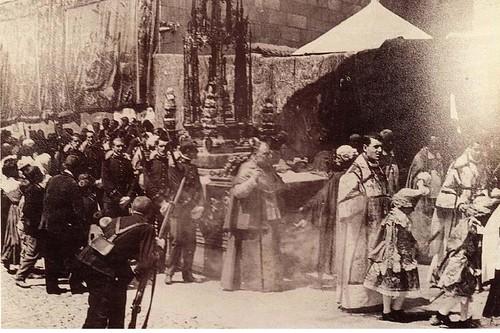 Procesión del Corpus Christi de Toledo a inicios del siglo XX. Revista Alijares