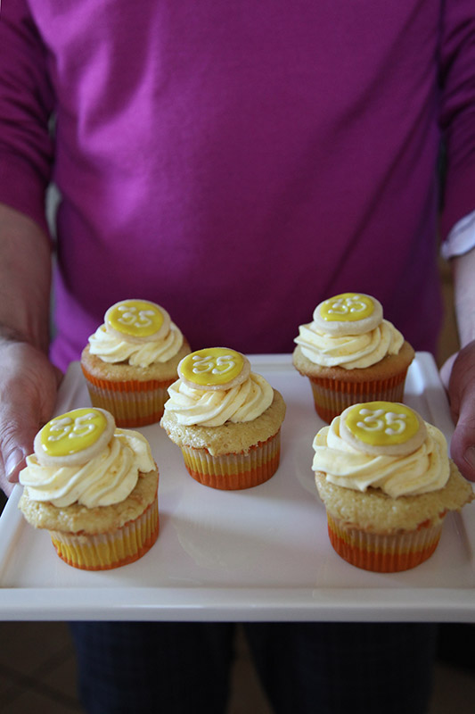 italian cream wedding cake cupcakes italian cupcakes with lemon curd and lemon 16505