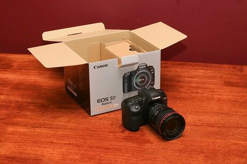 Canon 5D Mark II Unboxing 14