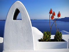 chimney (Ns da Montanha) Tags: sea chimney white architecture island mar view explore santorini greece oia cycladic chimenea grcia chamin cclades mywinners ireneschmidt alemdagqualityonlyclub saariysqualitypictures