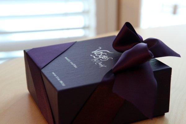 vosges purple box