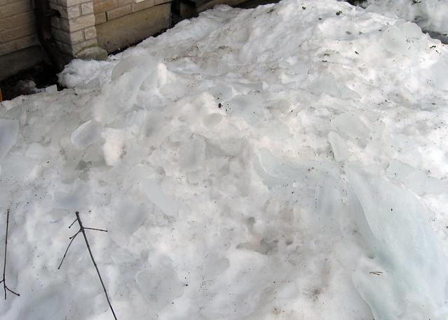 Roof Ice 2
