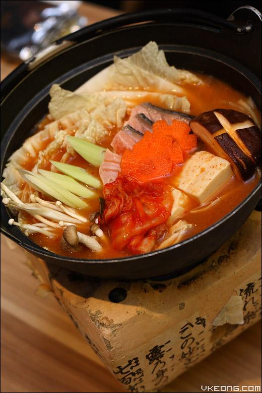 salmon-kimchi-nabe