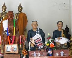 IMG_0014 Wat Phra That Si Chomtong...วัดพระธาตุศรีจอนทอง (ol'pete) Tags: thailand chiangmai canoneos350d เชียงใหม่ ประเทศไทย จอมทอง doiintanonnationalpark watphrathatsichomtong วัดพระธาตุศรีจอนทอง