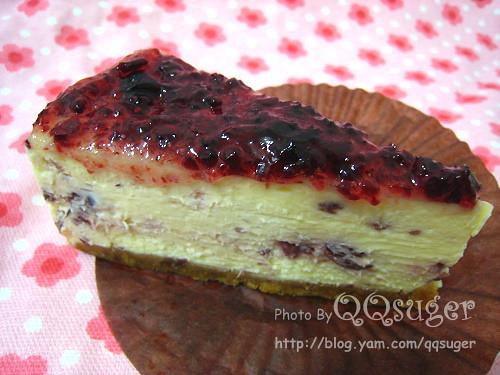 你拍攝的 蔓越莓重乳酪蛋糕。