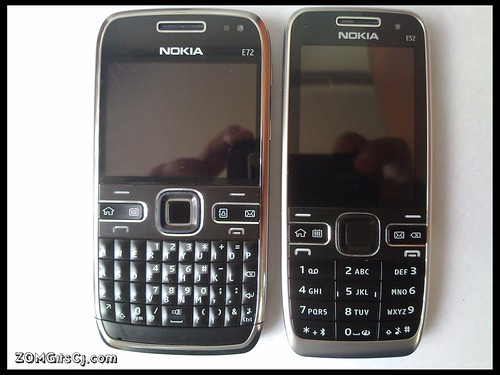 Nokia E52 vs Nokia E72 : Size Comparison Pictures – UnleashThePhones
