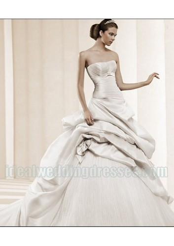 Satin Organza Strapless Silhouette Rouched Bow Decoration in Chapel Train 2011 Designer Luxurious Bridal Dress WD-0510