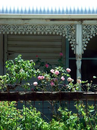 0901 cottage, Violet Town