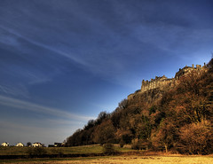 Stirling Castle (neilalderney123) Tags: sky cold castle geotagged scotland war stirling hill stronghold stirlingcastle holdout geo:lon=3935882 geo:lat=56119424