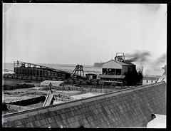 Stockton Colliery, Stockton, NSW, June 1897 (Cultural Collections, University of Newcastle) Tags: underground australia mining nsw mines coal stockton ralphsnowball snowballcollection ralphsnowballcollection asgn0169b7 stocktonboreholecolliery stocktoncolliery newcastleregionnswhistorypictorialworks photographynewsouthwalesnewcastle