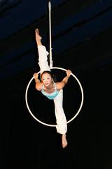 Elizabeth_Gaumond_7753 (Zaldun Urdina) Tags: circo circus aerial flex cirque contortion aro contorsion frontbend bihurrikari elizabethgaumond