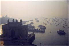 Gateway of India (kubse) Tags: ocean sea music india concert indian tajmahal landmark bombay mumbai gatewayofindia tajmahalhotel inda vpo multimegashot afsnikkor1685 vpoworldtour