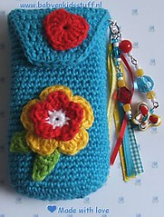 Telefoonhoesje,cell phone holder (Claire3911) Tags: blue red flower butterfly keychain keyring phone heart handmade unique crochet cellphone mobilephone ribbon crocheted holder bloem kralen gehaakt cellphoneholder uniek handgemaakt gehaaktebloemen gehaaktebloem