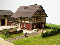 PICT3125 (dampflok44) Tags: farm bauernhof modelleisenbahn modelrailroad modellbahn modelllandschaft
