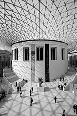 The Great Court at the British Museum, London (5ERG10) Tags: uk greatbritain windows roof light shadow portrait england people blackandwhite bw london geometric glass sergio lines stone museum