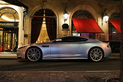 Aston Martin DBS by  night III ([ JR ]) Tags: light paris night silver grey gris martin lightening nuit clair aston dbs plazza athenee fialeix