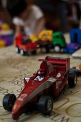 Playing Kids-03 (MinJi L.) Tags: familyportrait playingkids pentaxk100d schneiderkreuznachcurtagon35mmf28 changhuataiwan brotherssons