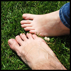 We just need to be free (part 2) (_MaO_) Tags: verde green london feet nature grass toes may natura erba fourseasons crop londra squared piedi dita maggio quadrata d80