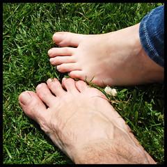 We just need to be free (part 2) (_MaO_) Tags: verde green london feet nature grass toes may natura erba fourseasons crop londra squared piedi dita maggio quadrata d80