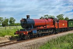 Hogwarts Express arriving at Cheltenham (Chris Leigh) Tags: uk castle train engine harry potter rail railway british locomotive hal express hogwarts cheltenham preservation gwr toddington olton uksteam winchcombesteam