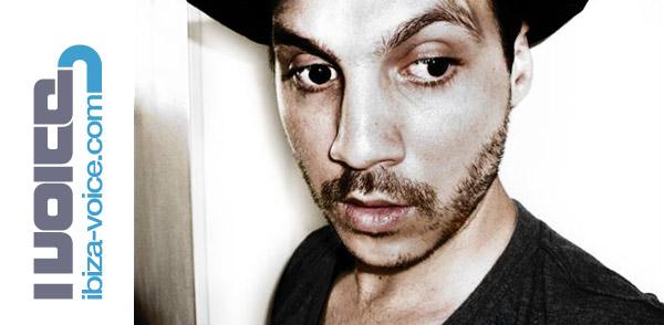 Yakine Ibiza-Voice.com podcast (Image hosted at FlickR)