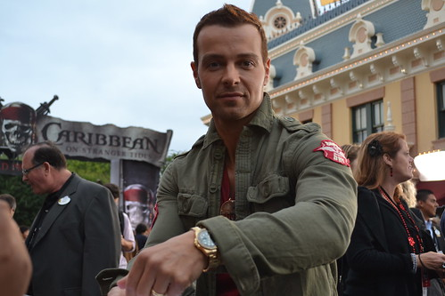 Joey Lawrence on the Pirates of the Caribbean: On Stranger Tides Black Carpet