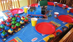 Thomas Tank Engine Birthday (Kid's Birthday Parties) Tags: birthday party cupcakes thomas trains thomastankengine trainparty partyware trainbirthday thomastankenginebirthday thomastankengineparty birthdaytablesetting thomascenterpiece thomaspartysupplies thomaspartyware