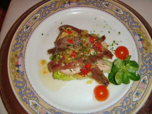 Cogollos de Tudela con ventresca y anchoas
