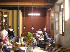 Casa Bonomi, mesas
