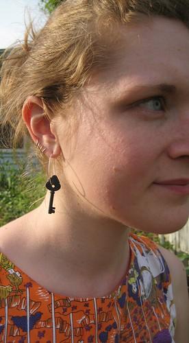 04-27 earring