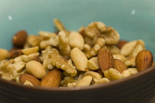 granola-nuts