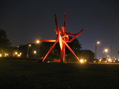 "Mark di Suvero's ""Iroquois"" in Philadelphia at Night (4) (cometstarmoon) Tags: sculpture art philadelphia publicart markdisuvero iroquois"
